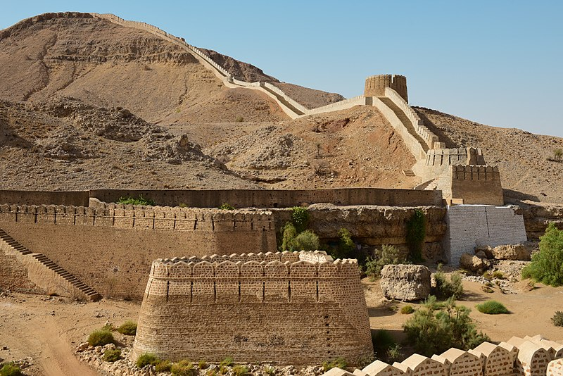 Ranikot Fort - Places to Visit in Pakistan