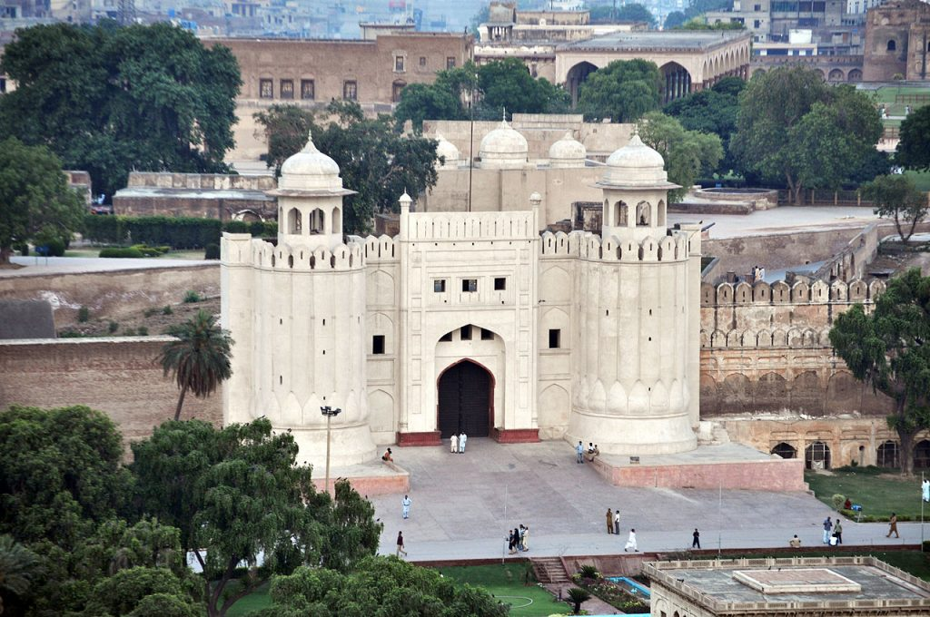 Lahore Fort - Best Places to visit in Pakistan.